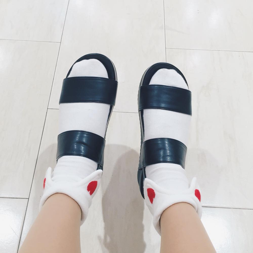 collared-socks.jpg